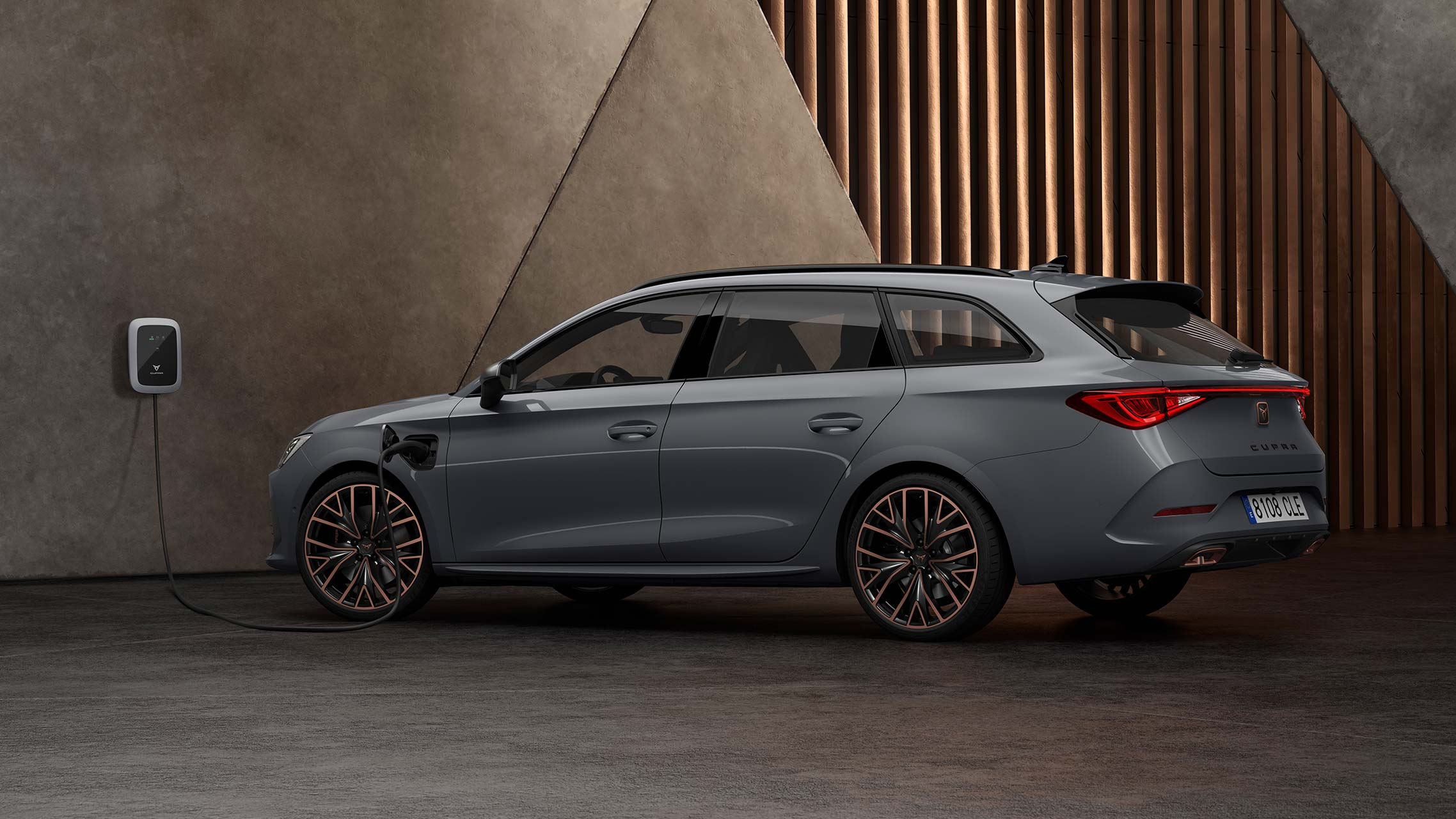 new CUPRA Leon Estate e-HYBRID Family Sports Car side view in graphene grey with plug-in engine of 245PS and dcc suspension